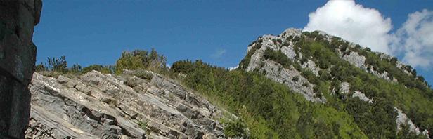 Monti del Calpazio - traversata da Magliano Vetere a Capizzo - giro delle chiese rupestri - mercoledi 25 aprile 2017