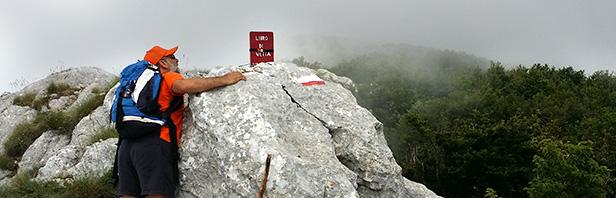 Monti Alburni: Vucculo della Carità - Piani Farina - Piani Manzerra - cima della Nuda - vucculo della Carità
